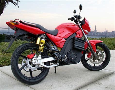 La venta de motos eléctricas multiplica por ocho a la de ...