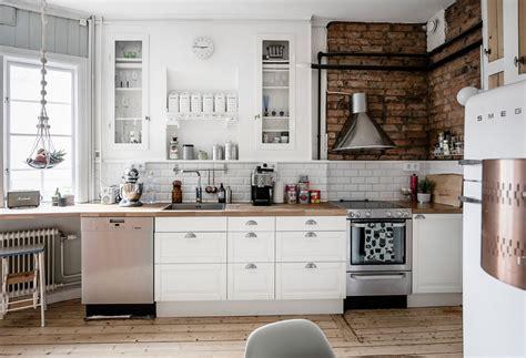 Ladrillo visto para una cocina Chic. – Interiores Chic ...