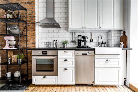 Ladrillo visto y azulejo biselado para la cocina. TOP ...