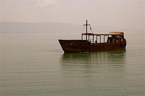 Lago Tiberiades Imagen & Foto | asia, middle east, israel ...