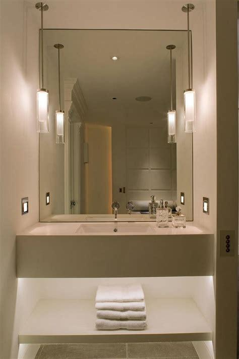 Lamparas de techo para cuartos de baño   50 ideas