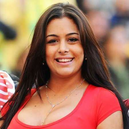 Larissa Riquelme Bio - net worth,bio,body,figure,fact ...