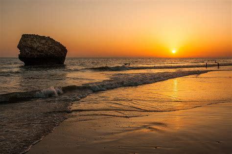 Las 11 playas de Andalucía ideales para tus vacaciones de ...