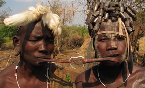 Las 7 tribus más raras del mundo   El Viajero Fisgón