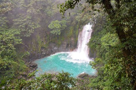 Las 8 mejores cascadas en Costa Rica | Los Traveleros