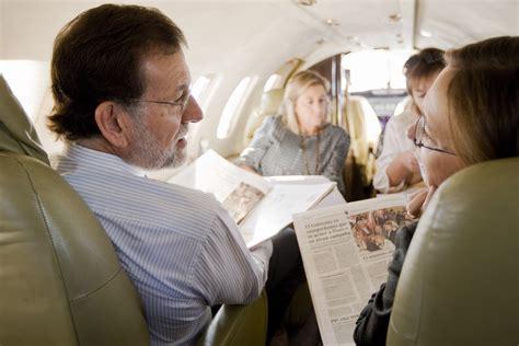 Las buenas notas de Mariano júnior y Juan Rajoy   Chic