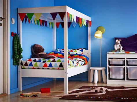 Las camas de los niños en Ikea