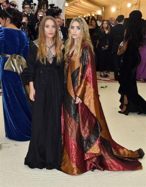 Las gemelas Olsen lucen irreconocibles en la gala del MET ...