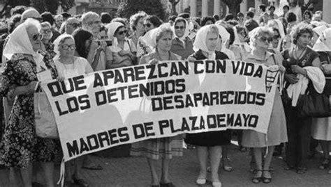 Las Madres de Plaza de Mayo cumplen este domingo cuarenta ...