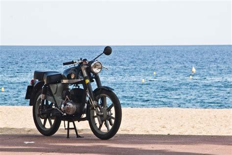 Las marcas de motos españolas con más historia - Fórmulamoto
