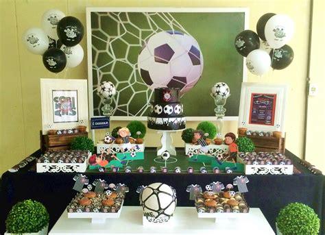 Las mejores 25 ideas para armar un cumpleaños de fútbol ...