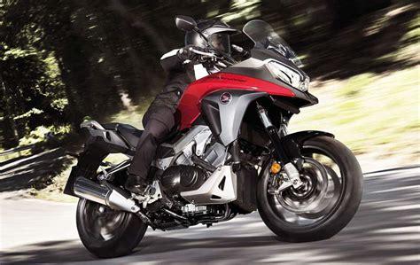 Las mejores motos trail y adventure de media cilindrada