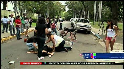 Las Noticias Univision a las 6: Violencia policiaca en la ...