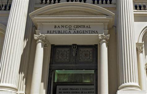 Las reservas internacionales del Banco Central bajan más ...