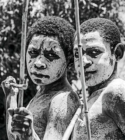 Las últimas tribus de la Tierra