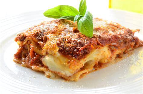 Lasagna al ragù  1 kg    In Punta di Forchetta