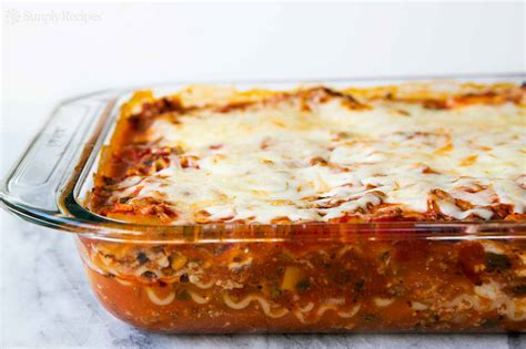 Lasagna Recipe   SimplyRecipes.com