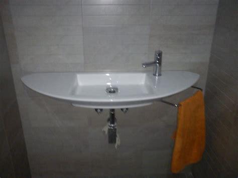 lavabo roca suspendido  2  | Decorar tu casa es facilisimo.com