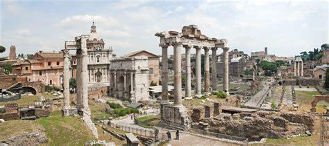 Le forum Romanum, le forum romain.