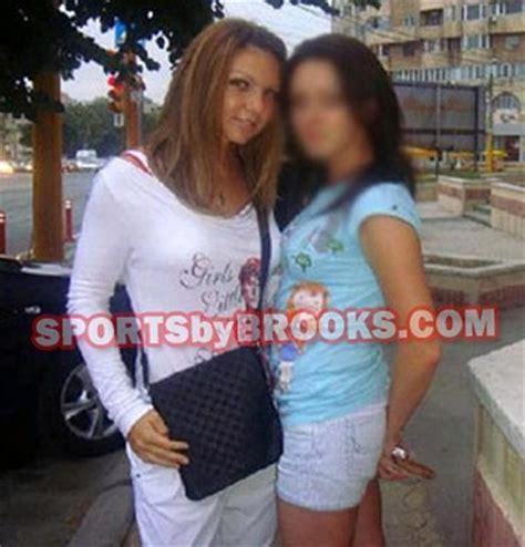 Le prime foto di Simona Halep dopo la riduzione del seno ...