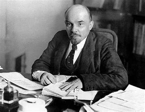 Lenin. Biografía.