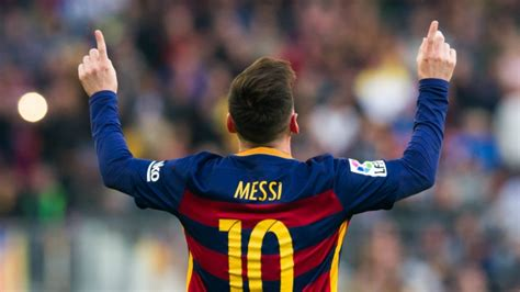 Leo Messi Plays His 500th Game For Barcelona Today ...
