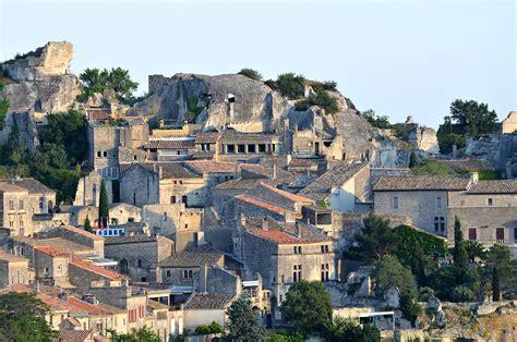 Les Baux-de-Provence - Wikipedia