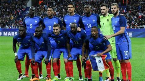 Les statistiques et records de l'équipe de France de football