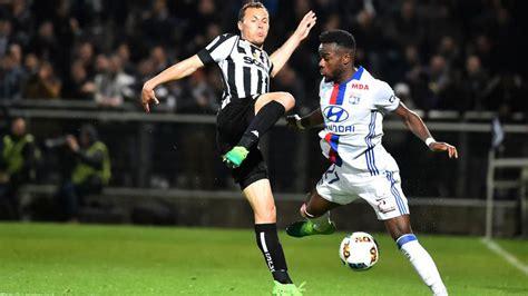 Liga Francesa: El Lyon reacciona a costa del Angers ...