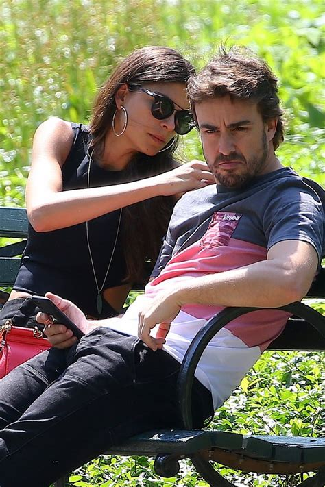 Linda Morselli, novia de Fernando Alonso, tiene ganas de boda