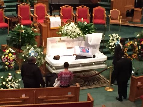 LIVE - Freddie Gray Funeral in Baltimore - YouTube