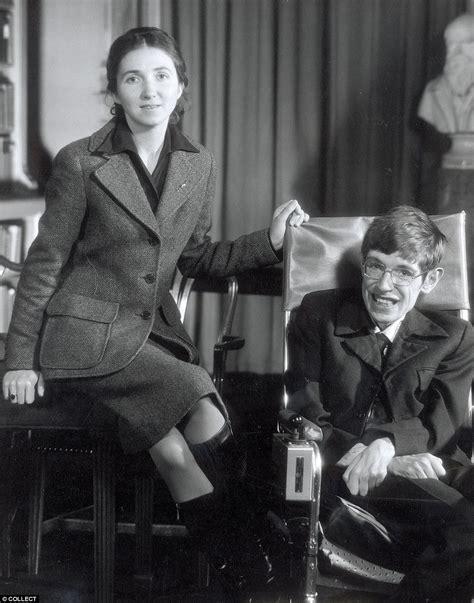 Lo que debes saber de Stephen Hawking | RSVPOnline
