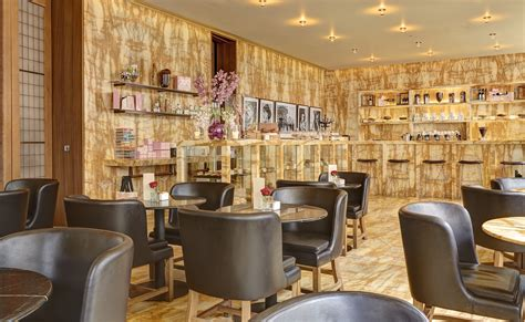 London's Ultimate Hotel For Style & Elegance, Café Royal