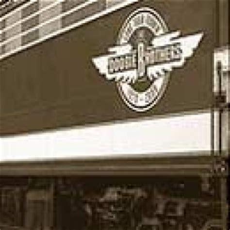 Long Train Runnin' 1970-2000 - Doobie Brothers ...