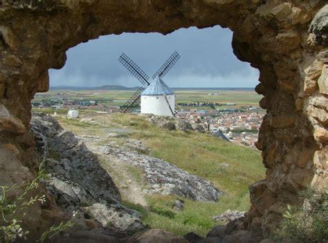 Los 15 pueblos con más encanto de Castilla-La Mancha ...