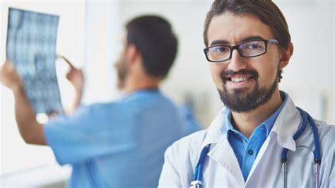 Los 50 mejores médicos españoles de la actualidad - Clinic ...