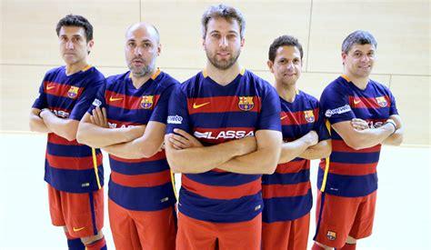 Los exjugadores del Barça de fútbol sala, en acción - FC ...