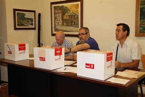 Los militantes del PSOE votan por internet la consulta ...