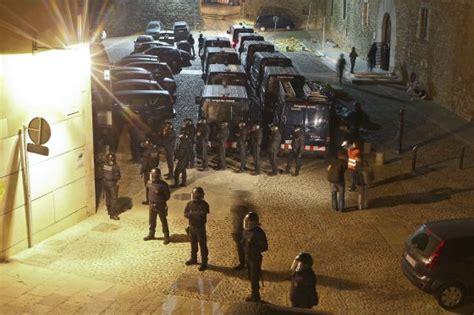 Los Mossos desalojan de madrugada el rectorado de la ...