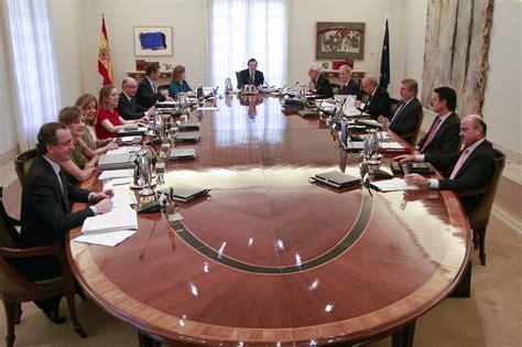 Los pluriempleos de los ministros del Gobierno Rajoy ...