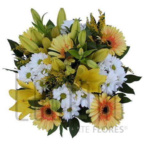 Luciano Arte Flores | Ramo de Flores Romântico