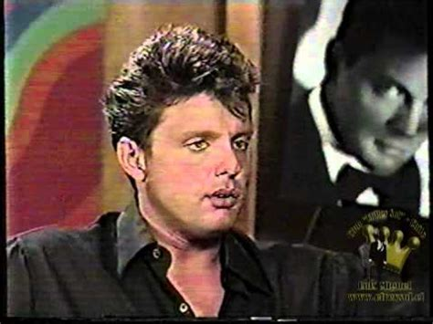 luis Miguel entrevista 1997 Disco Romances - YouTube