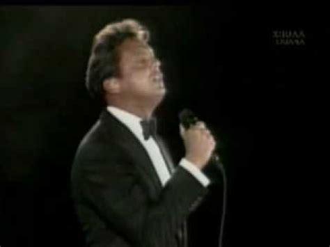 Luis Miguel- Estadio Azteca- Toda una vida - YouTube