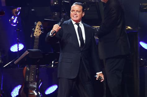 Luis Miguel TV Series Announced for Univision | Billboard
