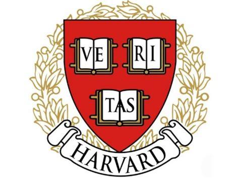 Lulu Chua Rubenfeld embraces her upbringing | Harvard Magazine