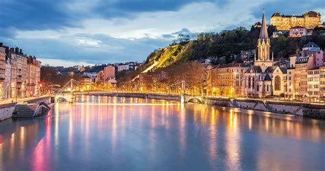 Lyon, la capital del cine en Francia | Familias Activas