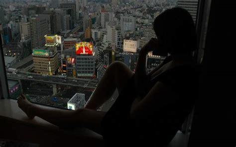 Macarena García, a lo Pedroche: se desnuda frente a Tokio ...