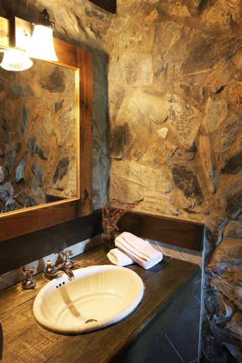 Madera y piedra para decorar el baño   Hogarmania