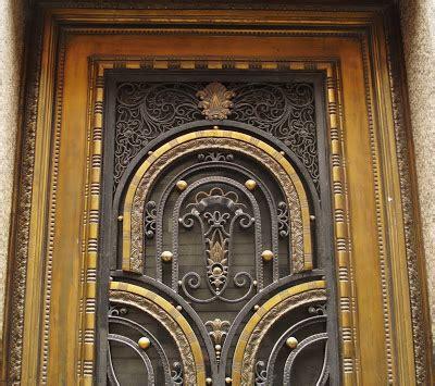 Madrid Art Decó: Santander Central-Hispano (puertas)