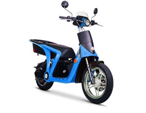 Mahindra GenZe Electric Scooters May Hit Indian Shores By 2019